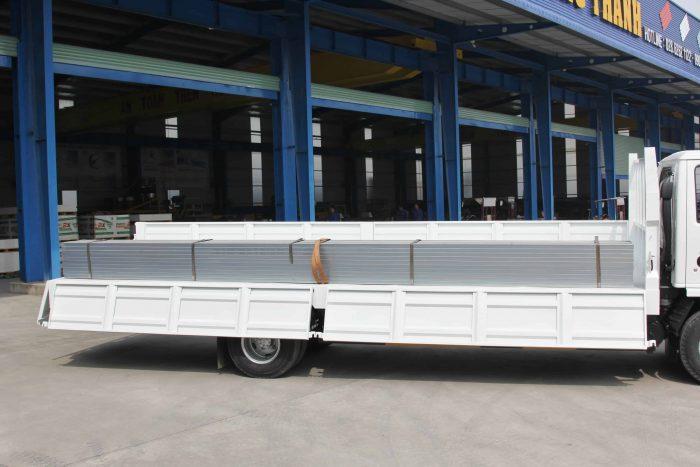Xe tải vĩnh phát nk490sl kích thước lọt lòng thùng: 6200 x 1820/2000 x 520(mm)