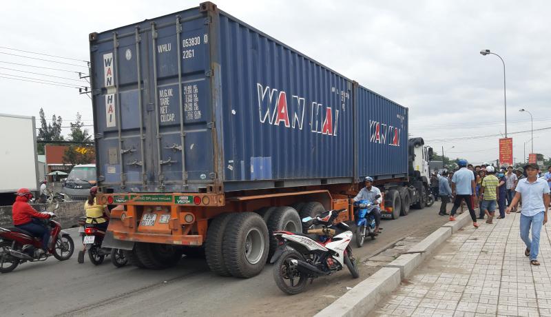 Một số quy định khi xe tải vượt quá tải trọng