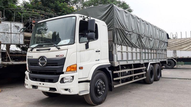 Xe tải 3 trục có thể vận chuyển được tải trọng hàng hóa lớn