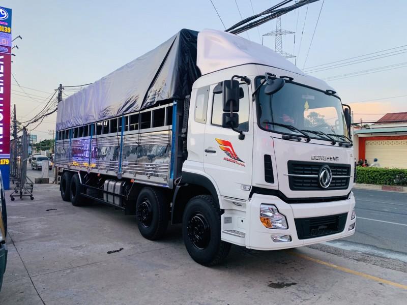 Xe tải 4 chân chuyên chở hàng hóa cồng kềnh