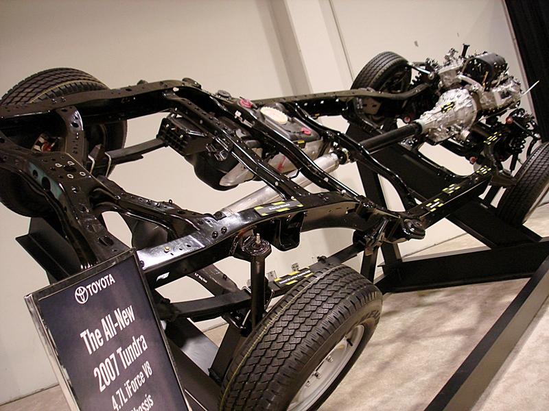 Chassis đóng vai trò là xương sống của ô tô tải