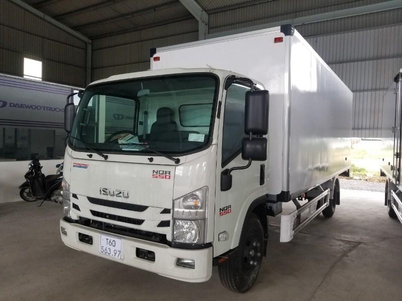 ISUZU thùng 6m2 5 tấn sử dụng kinh doanh hoặc chở hàng thuê