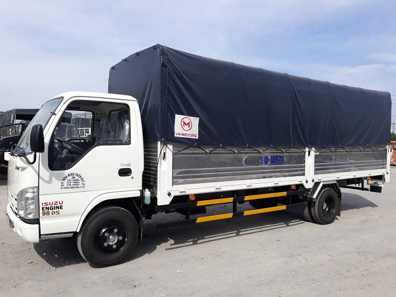 NK490SL có thùng xe dài nên chở hàng thuận tiện hơn