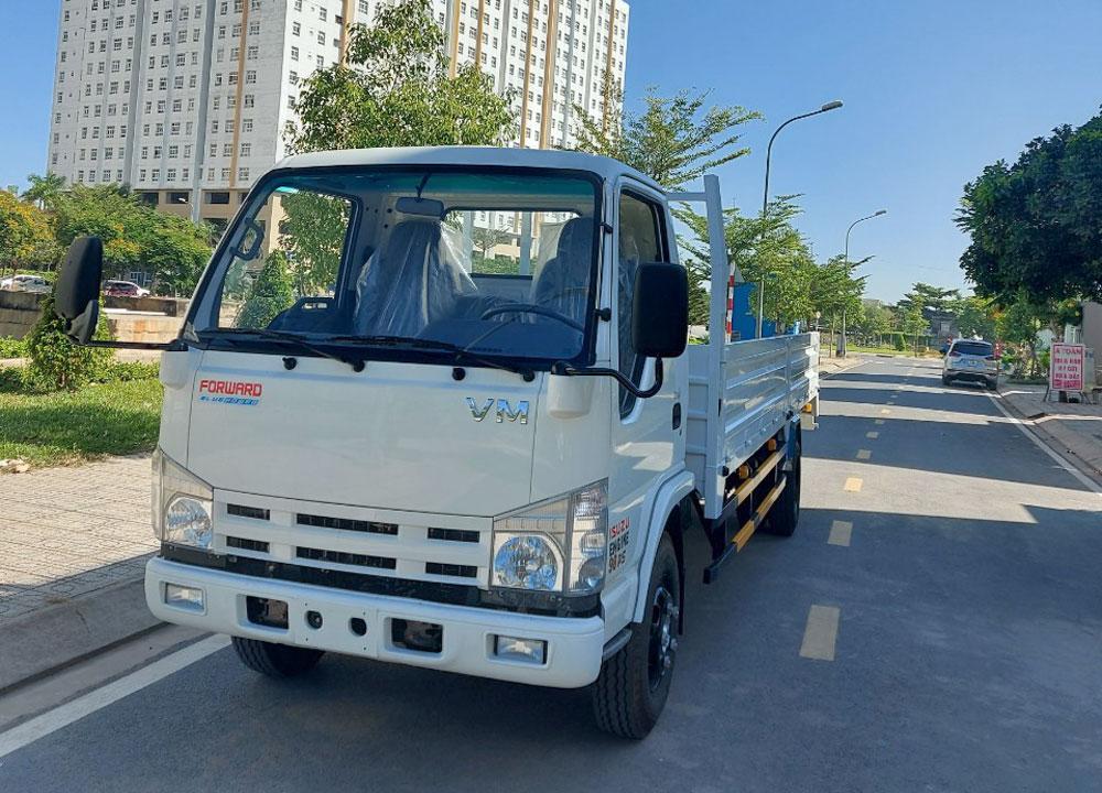 Thiết kế hiện đại, sang trọng của xe tải Vĩnh Phát 1,9 tấn
