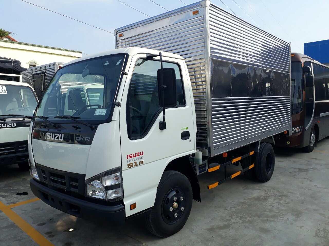 Xe tải isuzu 2 cầu với những ưu điểm vượt trội