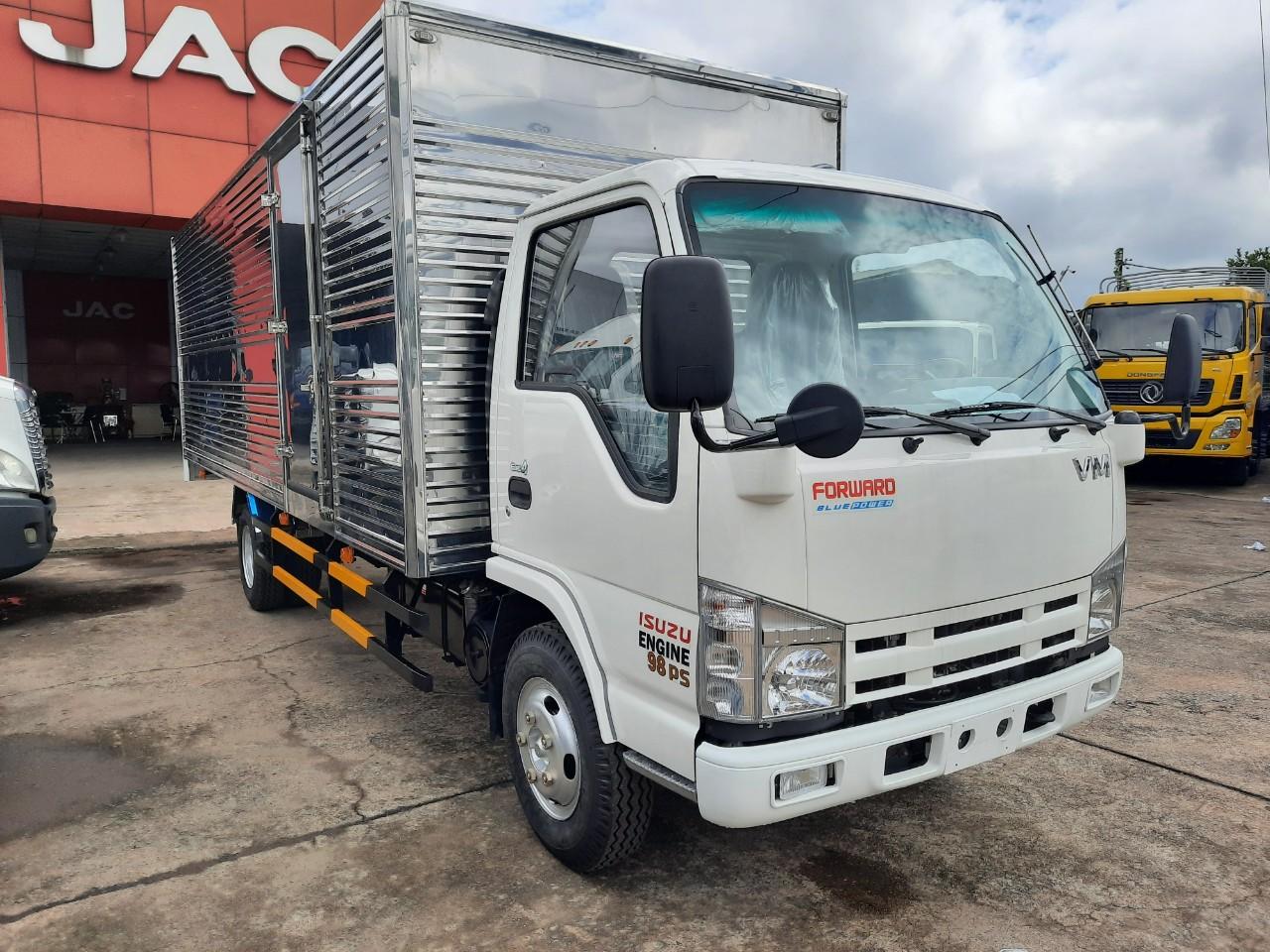 Isuzu- thương hiệu số một sản xuất xe tải chở hàng nhẹ